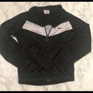 Boys Black and White Nike Size 7 Zip Up Jacket